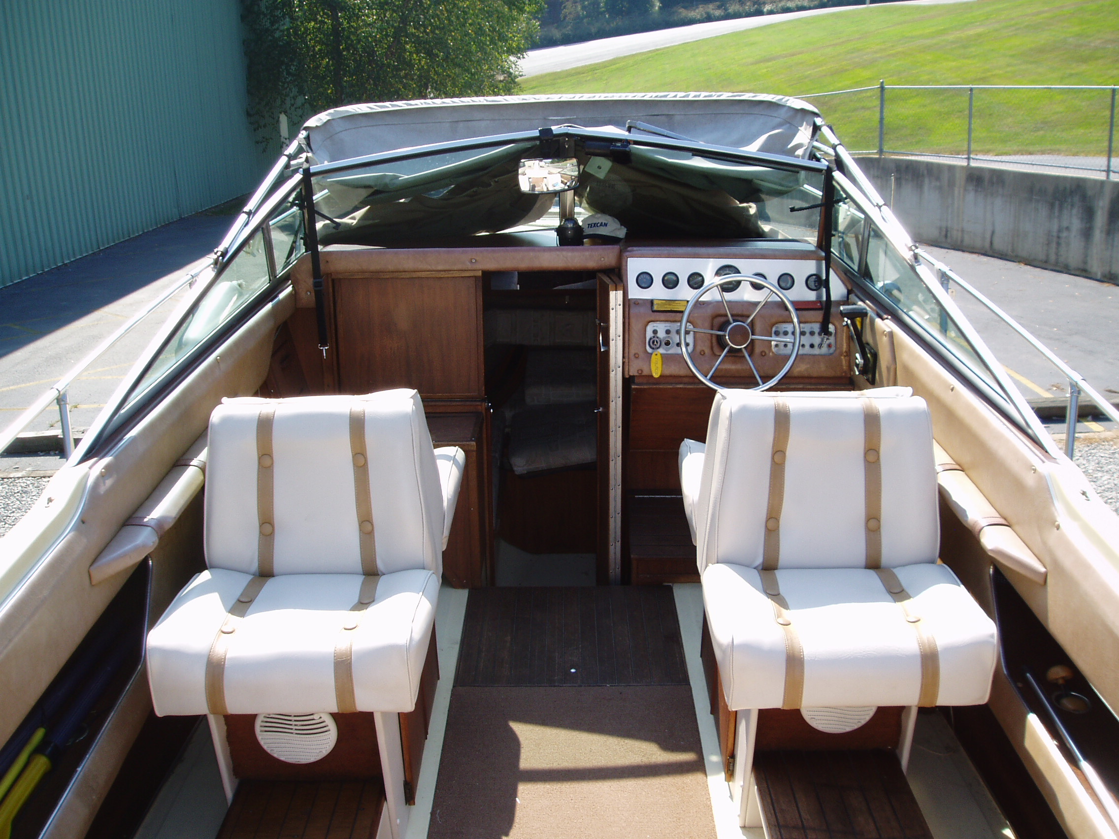 1982 Sea Ray 225 Weekender 22 Cuddy Cabin Used Excellent