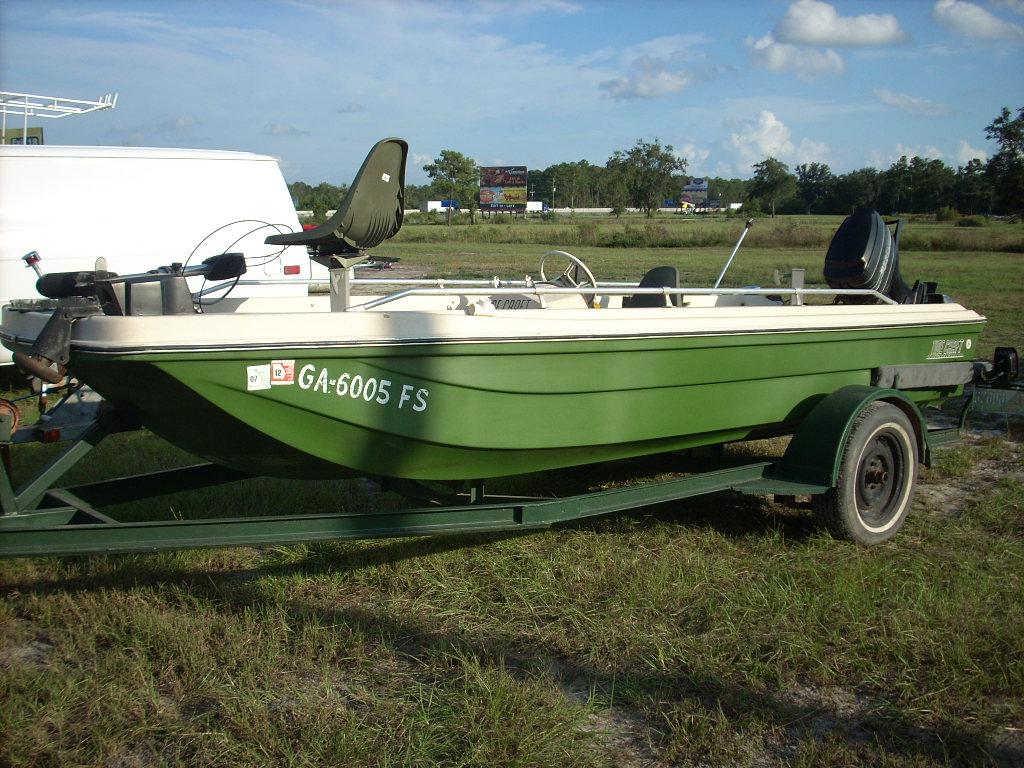 sell where repossessed boatsasp